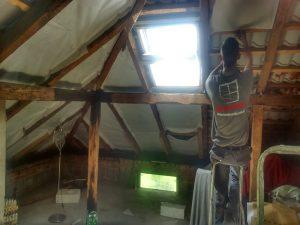 pianka poliuretanowa dach